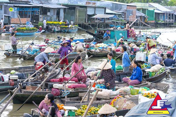 chợ Châu Đốc.