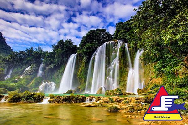 Tour du lịch Hồ Ba Bể Thác Bản Giốc Động Ngườm Ngao Lạng Sơn 3 ngày 2 đêm