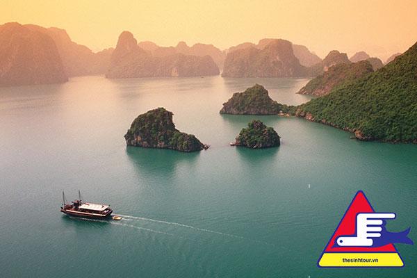 Tour du lịch Hạ Long Hang Sáng Hang Tối 3 ngày 2 đêm