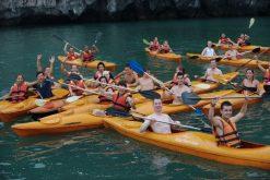 Kayaking Hạ Long