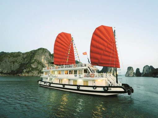 Tour Du Lịch Du Thuyền Imperial Classic Cruise 3 Ngày 2 Đêm